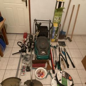 Κλαδευτήρια και εργαλεία κήπου