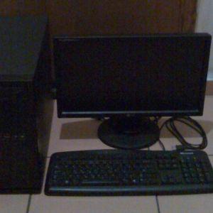 Desktop Pc με οθόνη LG,90 Ευρώ