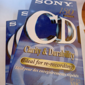 Βίντεο κασέτες Sony Ε 180 προσφορά πακέτο