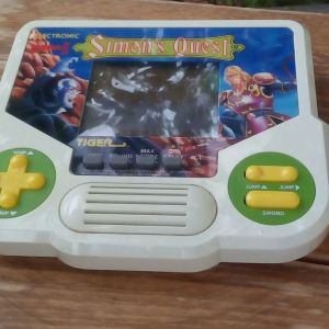 Tiger 1988 vintage ηλεκτρονικό παιχνίδι Simons Quest