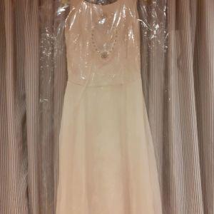 Αριστοκρατικο λευκο φορεμα - νυφικο