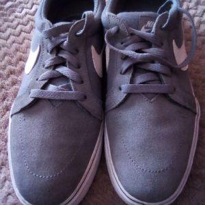 Nike SB ανδρικά γκρί παπούτσια.