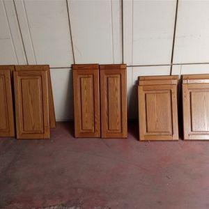 Πορτάκια ντουλαπιών κουζίνας σε διάφορες διαστάσεις