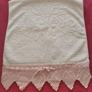 Klotsotiras πετσέτα με χειροποίητο τελείωμα