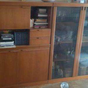 Σύνθετο 2 τεμάχια με βιτρίνα-ράφια και μπαρ-συρταρι-ραφι-διφυλλο ντουλάπι
