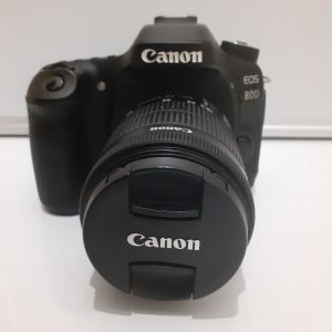 Canon 80d με φακό 18-55 mm