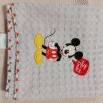 Βρεφικές πικε καλοκαιρινές κουβέρτες Disney και Guy Laroche
