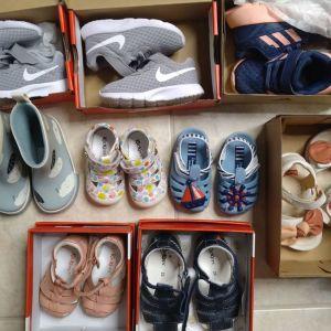 Πωλούνται βρεφικά παπούτσια