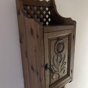 Χειροποίητα ξύλινα ντουλαπάκια