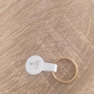 Γυναικείο δαχτυλίδι νούμερο 5