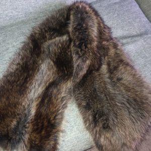 Ετόλ φυσική γούνα αλεπού άριστη