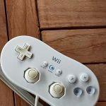 Nintendo Wii με 4 παιχνίδια και τα 3 χειριστήριά του