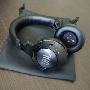 JBL Club 700BT Ασύρματα On Ear Ακουστικά Μαύρα
