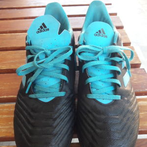 Ποδοσφαιρικα παππούτσια  adidas predator