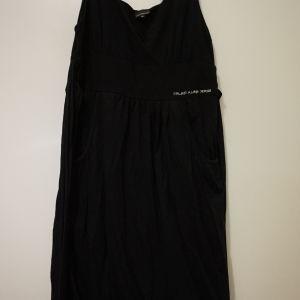 calvin klein φορεμα medium