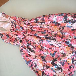 φόρεμα καινούργιο φλοραλ small