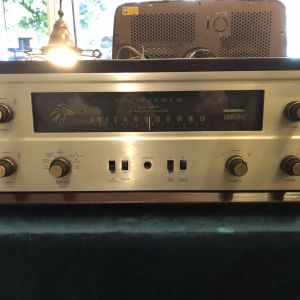 Fisher 400 ραδιοενισχυτης του 1964-68 made in USA σε αριστη εμφανιση και λειτουργια