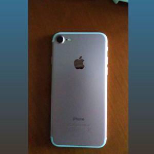 !!ΕΥΚΑΙΡΙΑ!!Πωλείται IPhone 7 Rose gold 32gb σε πολύ καλή κατάσταση
