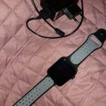 Smartwatch RoHS, με φορτιστή.