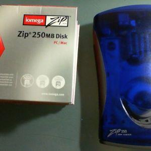 Iomega USB Zip Drive 250MB + δισκέτες 250ΜΒ (7 τεμάχια)