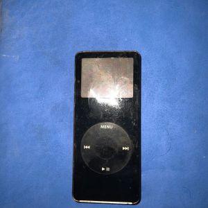 Apple iPod Nano 1st gen chrome 1GB