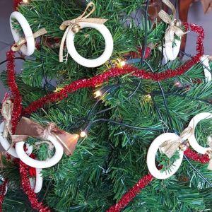 Χριστουγεννιάτικο δέντρο 65 εκ. Με 40 στολίδια κ δωρο 3D poster