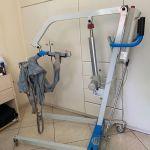 Ηλεκτρικός γερανός ανύψωσης ασθενών σε άριστη κατάσταση