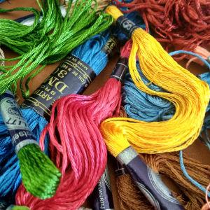 Κλωστές κεντήματος 45 κομμάτια DMC υπέροχα χρωματα