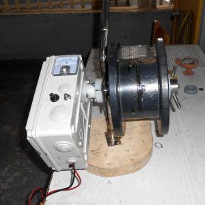 12 volt μηχανάκι για καθετή σε βαθεια νερά.