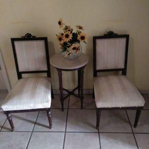 Vintage σκαλιστές καρέκλες