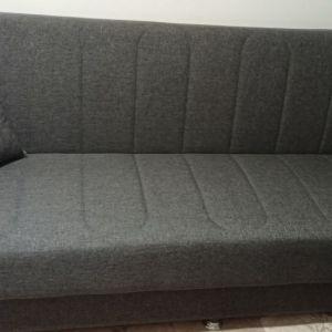 Τριθέσιος καναπές - κρεβάτι με αποθηκευτικό χώρο