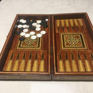 Τάβλι μικρό με αραβικά σκαλισματα