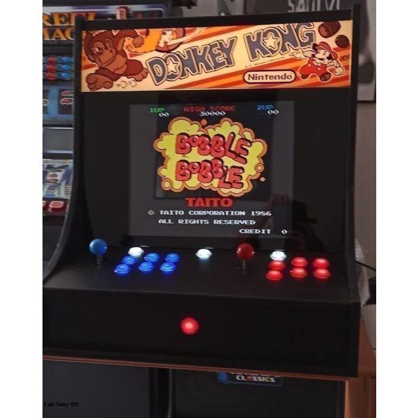 Arcade kampina, polipechnido me 10.000 pechnidia. retro games
