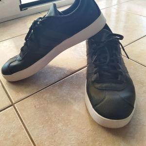 Adidas sneakers black παπούτσια