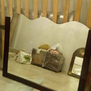 Καθρέφτης επιτοίχιος