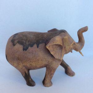 Ελέφαντας ξύλινος