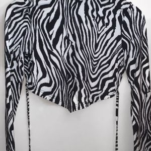 Έξωπλατη ζεμπρε μπλούζα shein