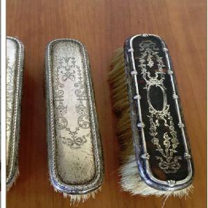 Vintage σετ με επάργυρες βούρτσες