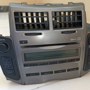Toyota 86120-0D490 CD player