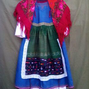 Παραδοσιακή φορεσιά Μεταξάδων Θράκης.