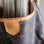 Γνήσια τσάντα ώμου Louis Vuitton Delightful  μεταχειρισμένη σε πολύ καλή κατάσταση.