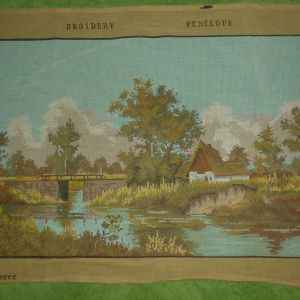 Σπίτι στο ποτάμι Τυπωμένος πίνακας σε καμβά για κέντημα