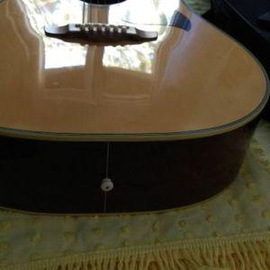 Ακουστική κιθάρα Leer