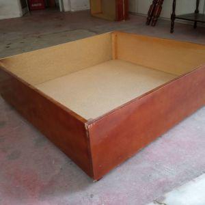 Συρτάρια αποθήκευσης για κάτω από το κρεβάτι