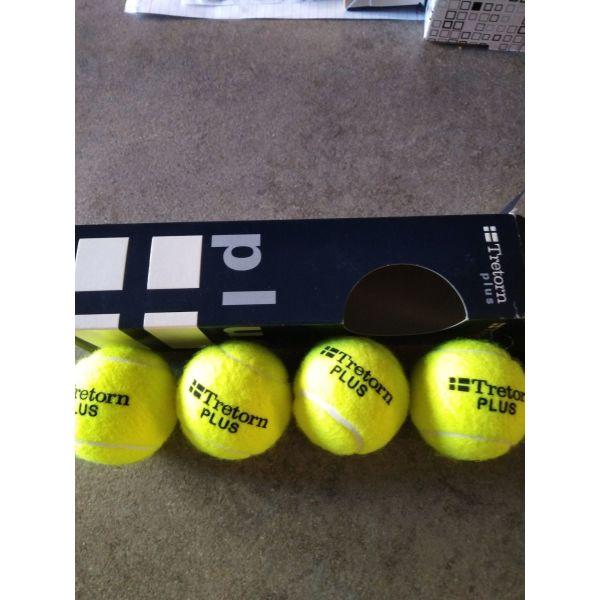 mpalakia tenis