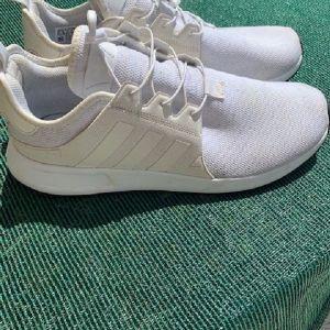 Adidas MEN White Shoes No 44