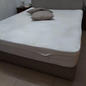 κρεβάτι media strom 2,20×1,60 με ενισχυμένο ανατομικό τελάρο και χωρο αποθήκευσης σαν καινούριο αγορασμένο 1150ευρώ τιμή 700 συζητήσιμη