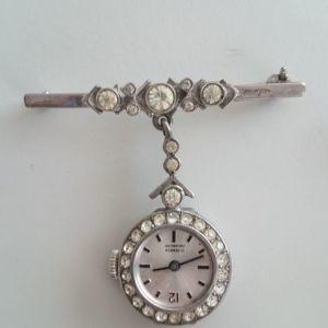 Ασημένια καρφίτσα ρολόϊ