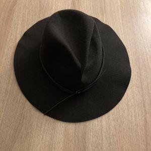 Καπέλο γυναικείο ALE