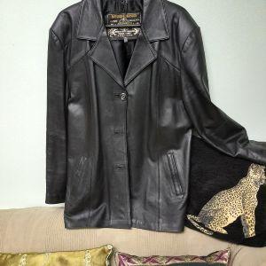 Δερμάτινο Σακάκι  φορεμένο 3 φορές. Νο XLARGE